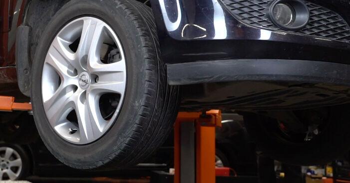 Wie Radlager OPEL Astra H Limousine (A04) 1.7 CDTi (L69) 2008 austauschen - Schrittweise Handbücher und Videoanleitungen