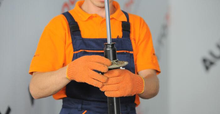 Zweckdienliche Tipps zum Austausch von Stoßdämpfer beim AUDI A4 Avant (8ED, B7) 1.9 TDI 2008