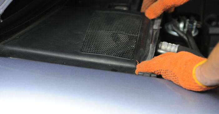 AUDI A4 1.9 TDI Stoßdämpfer ausbauen: Anweisungen und Video-Tutorials online