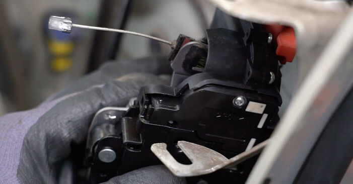 Kaip pakeisti Rato guolis la Audi A4 b7 2004 - nemokamos PDF ir vaizdo pamokos