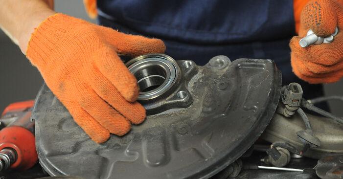 Radlager Audi A4 B7 Avant 1.9 TDI 2006 wechseln: Kostenlose Reparaturhandbücher