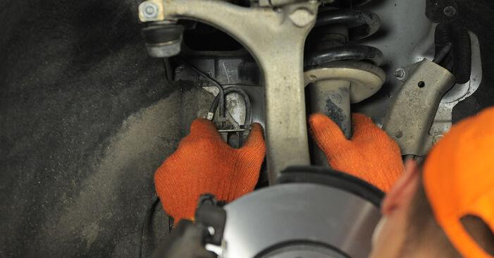 Tausch Tutorial Radlager am AUDI A4 Avant (8ED, B7) 2006 wechselt - Tipps und Tricks
