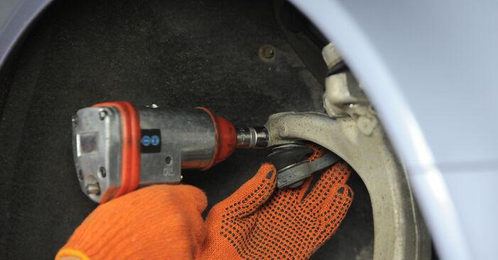 Austauschen Anleitung Spurstangenkopf am Audi A4 B7 Avant 2004 2.0 TDI selbst