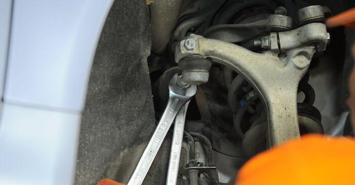 Spurstangenkopf beim AUDI A4 2.0 TDI 2006 selber erneuern - DIY-Manual