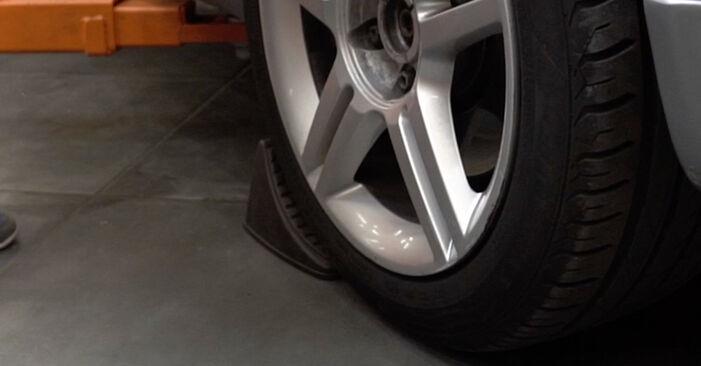 Wie Radlager Audi A4 B7 Limousine 2.0 TDI 16V 2004 tauschen - Kostenlose PDF- und Videoanleitungen
