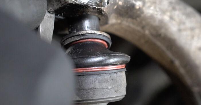 Audi A4 B7 Sedanas 1.9 TDI 2006 Spyruoklės keitimas: nemokamos remonto instrukcijos