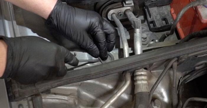 Wechseln Stoßdämpfer am AUDI A4 Limousine (8EC, B7) 2.0 TFSI quattro 2007 selber