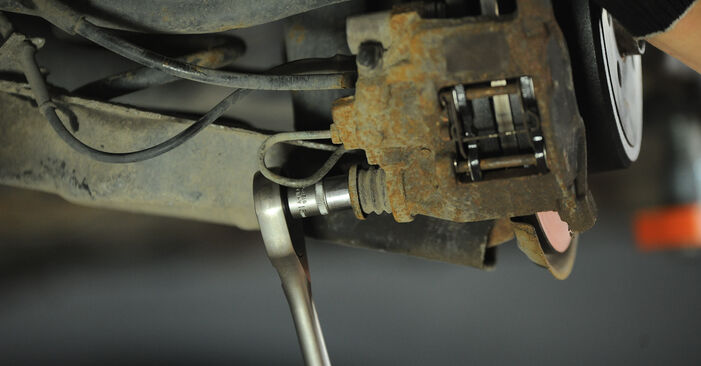 Radlager Ihres Peugeot 406 Limousine 2.0 HDI 110 2003 selbst Wechsel - Gratis Tutorial