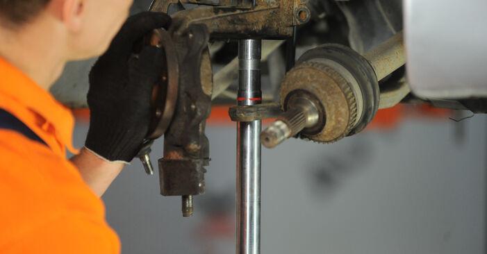 Wie schwer ist es, selbst zu reparieren: Radlager Peugeot 406 Limousine 2.2 HDi 2001 Tausch - Downloaden Sie sich illustrierte Anleitungen