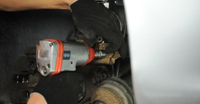 Come cambiare Supporto Ammortizzatore su Peugeot 406 Sedan 1995 - manuali PDF e video gratuiti