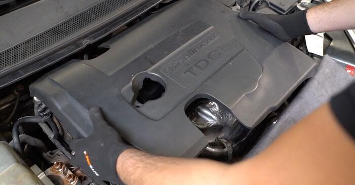 Focus II Limousine (DB_, FCH, DH) 1.6 Ti 2016 1.8 TDCi Ansaugschlauch, Luftfilter - Handbuch zum Wechsel und der Reparatur eigenständig