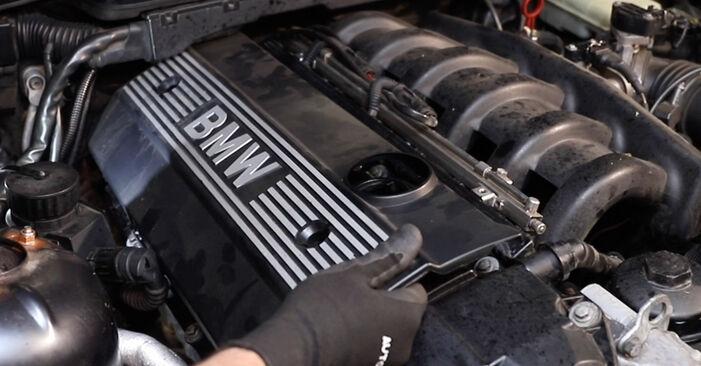 Ventildeckeldichtung Ihres BMW E36 325td 2.5 1998 selbst Wechsel - Gratis Tutorial