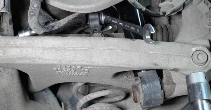 Schritt-für-Schritt-Anleitung zum selbstständigen Wechsel von Audi A4 B8 2011 S4 3.0 quattro Koppelstange