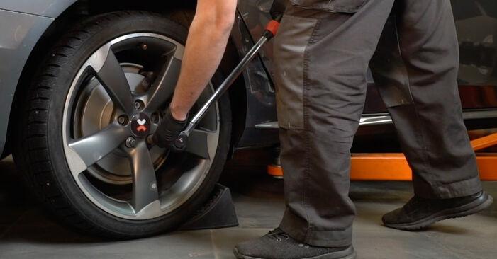 Koppelstange am AUDI A4 Limousine (8K2, B8) 2.0 TDI 2012 wechseln – Laden Sie sich PDF-Handbücher und Videoanleitungen herunter