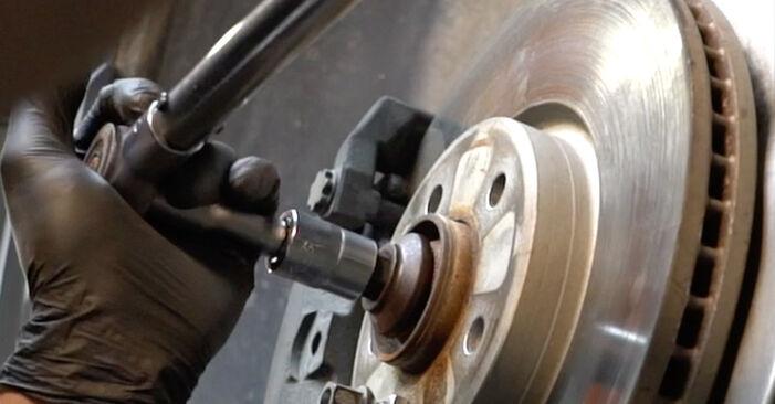 Kaip nuimti AUDI A4 S4 3.0 quattro 2011 Amortizatorius - nesudėtingos internetinės instrukcijos