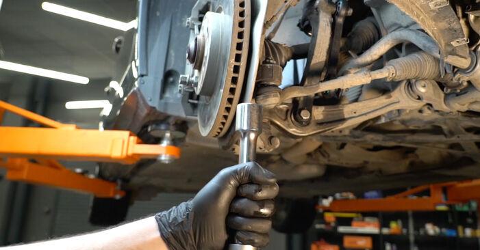 Zweckdienliche Tipps zum Austausch von Koppelstange beim AUDI A4 Limousine (8K2, B8) 2.7 TDI 2012