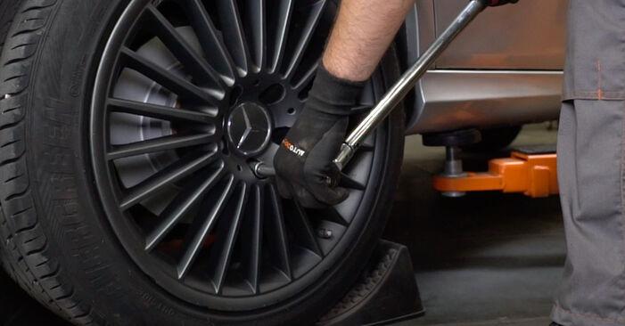 Verschleißanzeige Bremsbeläge Ihres Mercedes W211 E 200 CDI 2.2 (211.007) 2002 selbst Wechsel - Gratis Tutorial