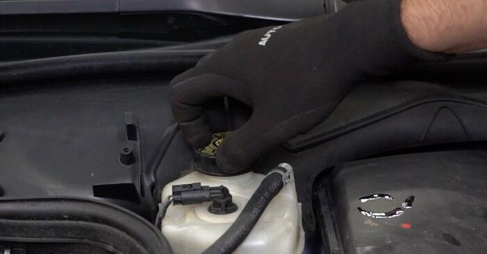 E-Klasse Limousine (W211) E 280 CDI 3.0 (211.020) 2005 E 270 CDI 2.7 (211.016) Verschleißanzeige Bremsbeläge - Handbuch zum Wechsel und der Reparatur eigenständig