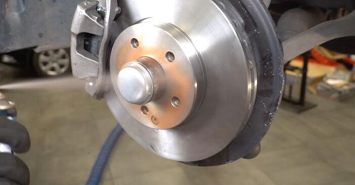 Wie MERCEDES-BENZ E-CLASS E 280 CDI 3.0 (211.020) 2006 Verschleißanzeige Bremsbeläge ausbauen - Einfach zu verstehende Anleitungen online