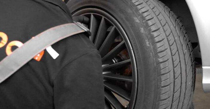 Verschleißanzeige Bremsbeläge beim MERCEDES-BENZ E-CLASS E 200 1.8 Kompressor (211.042) 2009 selber erneuern - DIY-Manual
