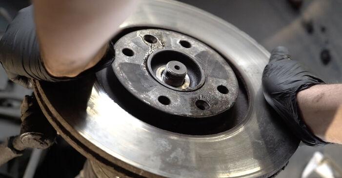 Wie schwer ist es, selbst zu reparieren: Radlager Peugeot 307 SW 1.6 HDI 90 2008 Tausch - Downloaden Sie sich illustrierte Anleitungen