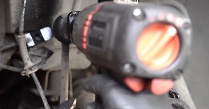 Wie schwer ist es, selbst zu reparieren: Koppelstange Peugeot 307 SW 1.6 HDI 90 2008 Tausch - Downloaden Sie sich illustrierte Anleitungen