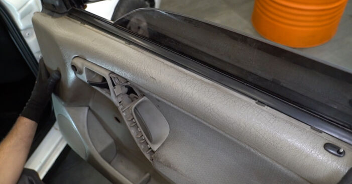 Fensterheber am VW GOLF III (1H1) 1.9 D 1996 wechseln – Laden Sie sich PDF-Handbücher und Videoanleitungen herunter