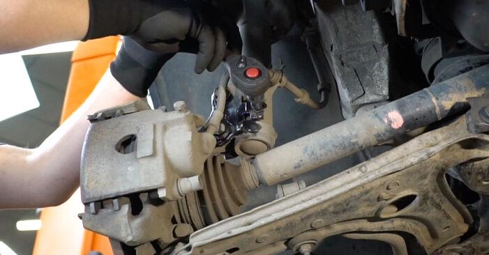Svojpomocná výmena Horné Uloženie Tlmiča na aute Golf 3 1993 2.8 VR6