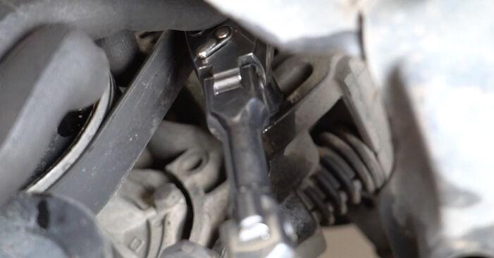 Recommandations étape par étape pour remplacer soi-même VW Golf III 1996 1.6 Courroie Trapézoïdale à Nervures