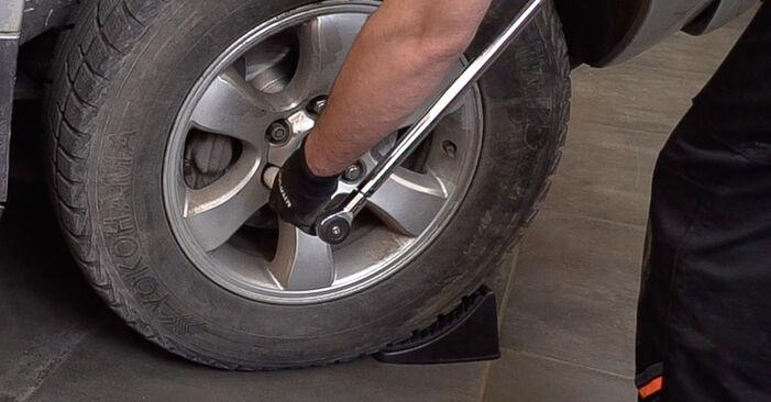 Federn Ihres Toyota Prado J120 3.0 D-4D 2010 selbst Wechsel - Gratis Tutorial