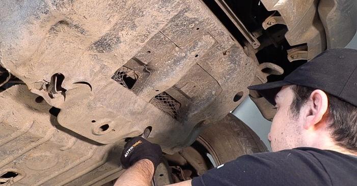 Stoßdämpfer am TOYOTA LAND CRUISER (KDJ12_, GRJ12_) 4.0 2007 wechseln – Laden Sie sich PDF-Handbücher und Videoanleitungen herunter