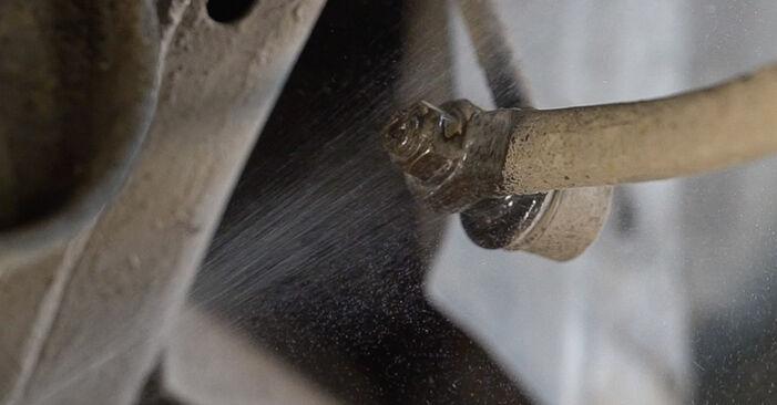 Wie schwer ist es, selbst zu reparieren: Koppelstange Toyota Prado J120 3.0 D 2008 Tausch - Downloaden Sie sich illustrierte Anleitungen