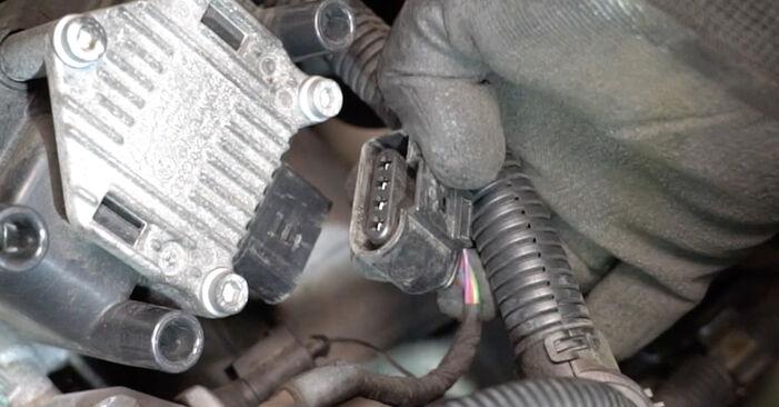 Zündspule am VW Golf V Schrägheck (1K1) 1.4 16V 2008 wechseln – Laden Sie sich PDF-Handbücher und Videoanleitungen herunter