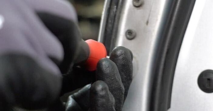 Türschloß Golf 5 2.0 GTI 2005 wechseln: Kostenlose Reparaturhandbücher
