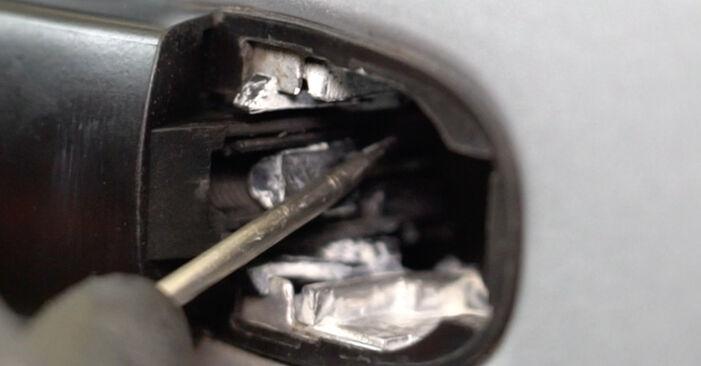 Wie Türschloß Golf 5 1.9 TDI 2003 tauschen - Kostenlose PDF- und Videoanleitungen