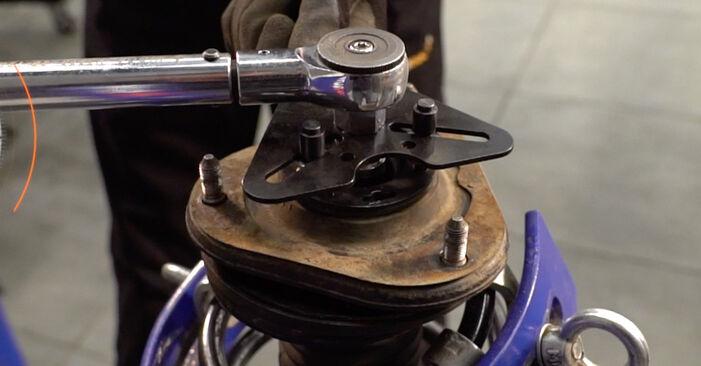 Как да сменим TOYOTA RAV 4 III (ACA3_, ACE_, ALA3_, GSA3_, ZSA3_) 2.2 D 4WD (ALA30_) 2006 Пружинно окачване - стъпка по стъпка инструкции и видео ръководства