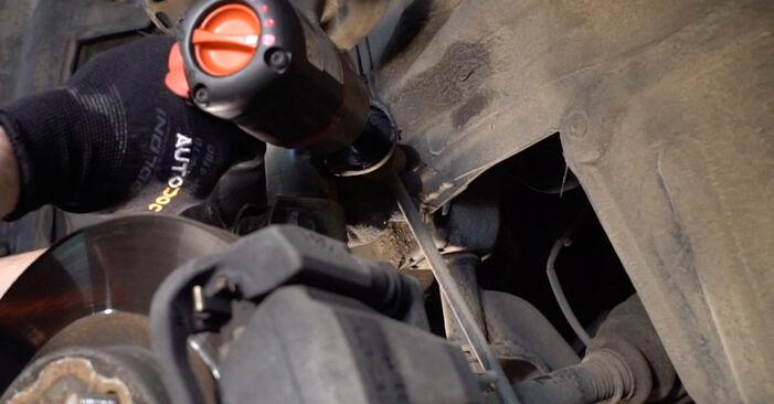 Austauschen Anleitung Stoßdämpfer am Toyota RAV4 III 2006 2.2 D 4WD (ALA30_) selbst