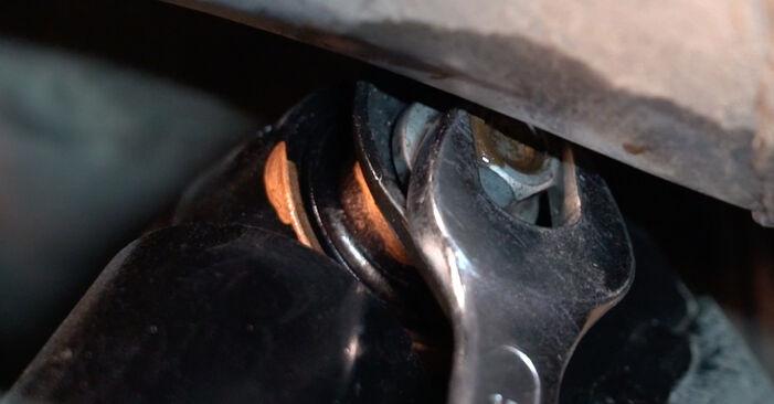 Смяна на Амортисьор на Toyota RAV4 III 2006 2.2 D 4WD (ALA30_) самостоятелно