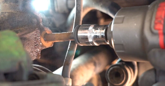Как се сменя Амортисьор на VW Golf IV Хечбек (1J1) 1.9 TDI 2000 самостоятелно