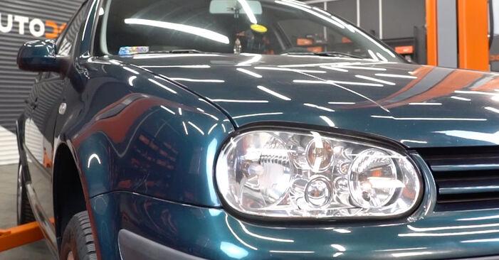 Patstāvīga VW Golf IV Hatchback (1J1) 1.9 TDI 2000 Gaisa filtrs nomaiņa