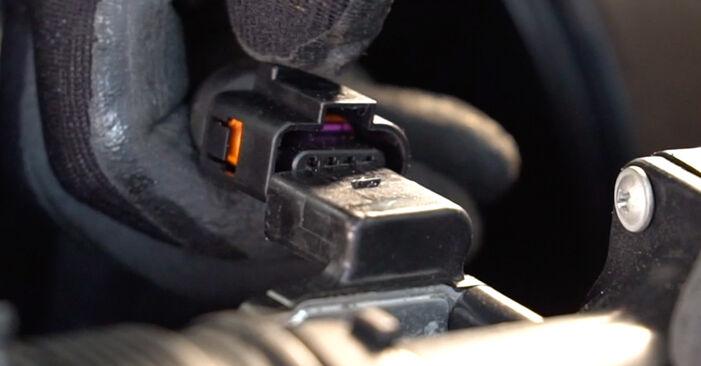 Kā noņemt VW GOLF 1.8 T 2001 Gaisa filtrs - viegli izpildāmas tiešsaistes instrukcijas