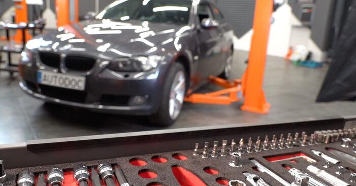 Austauschen Anleitung Federn am BMW E92 2006 335i 3.0 selbst