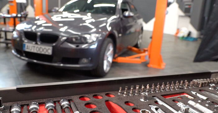 Priporočila korakov za DIY zamenjavo BMW E92 2009 325i 2.5 Blazilnik