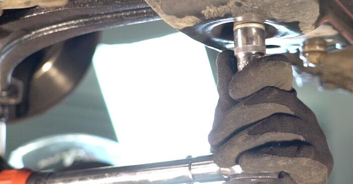 Quão difícil é efetuar a substituição de Braço De Suspensão no Fiat Punto 188 1.4 2005 por si mesmo - descarregue o guia ilustrado