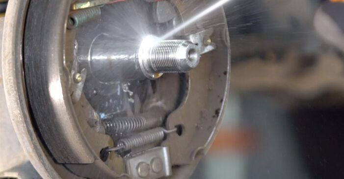 Bytte PUNTO (188) 1.9 JTD 2010 Hjullager – gjør det selv med vår veiledning