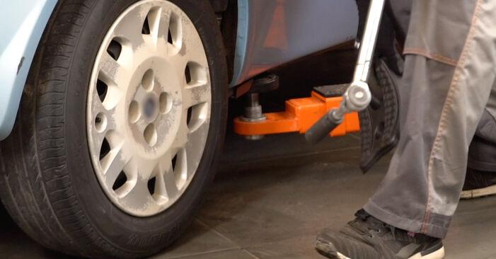 Hvordan skifte FIAT PUNTO 2006 Hjullager trinn–for–trinn veiledning