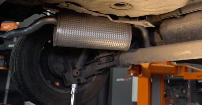 PUNTO (188) 1.9 JTD 2010 Spyruoklės savarankiško keitimo instrukcija