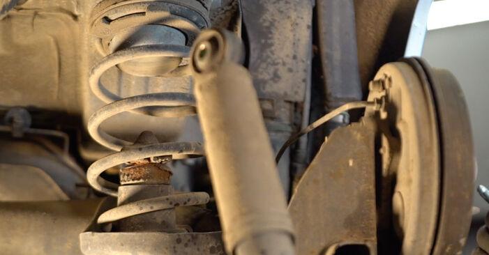 Svojpomocná výmena Tlmič pruzenia na aute Fiat Punto 188 2009 1.2 60