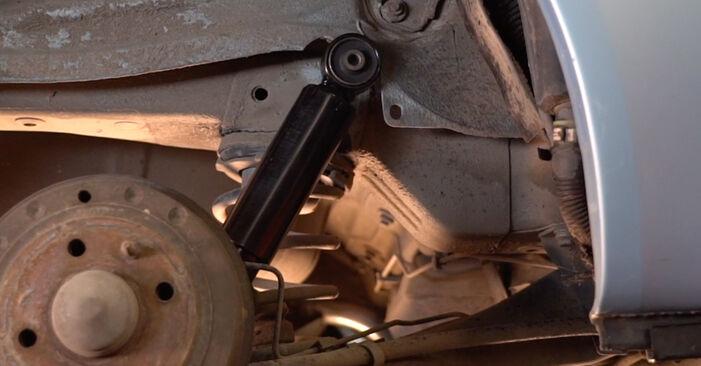 Ako vymeniť Tlmič pruzenia na FIAT PUNTO (188) 2011 – tipy a triky