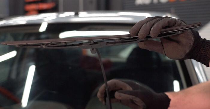 Fiat Punto 188 1.2 16V 80 2001 Valytuvo gumelė keitimas: nemokamos remonto instrukcijos